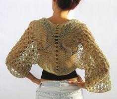 Beige natural, algodón encogiéndose de hombros.Tejido a mano elegante verano encogiéndose de hombros