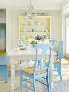 beach cottage style | so pretty and refreshing! Beach House, soft yellow and pale blue
