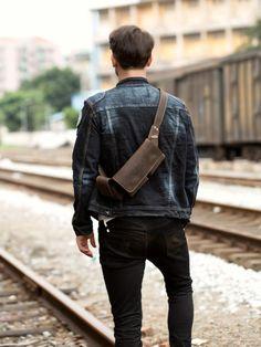 Vintage Leather Mens Fanny Pack Waist Bag Hip Pack Belt Bag Bumbag for – iwalletsmen Leather Bum Bags, Leather Purses, Leather Men, Leather Backpack, Designer Inspired Handbags, Cloth Bags, Luxury Handbags, Vintage Leather, Leather Fashion