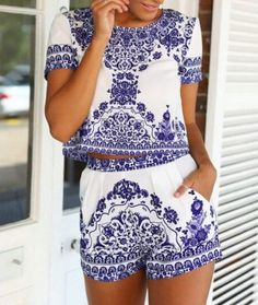 Fashion Two-piece blue and white porcelain printing dress L731652