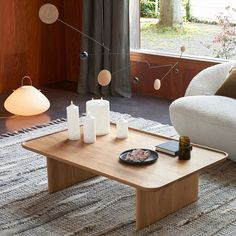 fausse grande bougie 3 mèches led flamme qui bouge Solid Oak Coffee Table, Large Coffee Tables, Bougie Led, Compact Fluorescent Bulbs, Candle Holder Set, Slow Living, Led Candles, Frosted Glass, Packaging