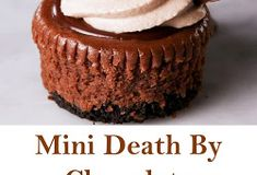 Mini Death By Chocolate Cheesecakes Mini Death By Chocolate Cheesecakes Mini cheesecake is the best way to get the party started . Magic Chocolate Cake, Death By Chocolate, Chocolate Cheesecake, Chocolate Chocolate, Magic Cake Recipes, Black Magic Cake, Healthy Cheesecake, Pineapple Recipes, Mini Cheesecakes