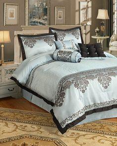 elegant blue bedding | Tips on Buying a Queen Comforter Set
