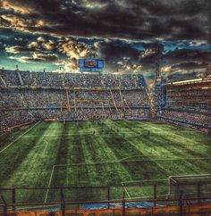 La Bobonera Football Art, Football Photos, Football Stadiums, Ultras Football, Football Wallpaper, European Football, Fifa World Cup, Lionel Messi, Neymar