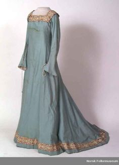 norse fashion 1300s | ... Gowns, Wendy Dresses, Lights Blue Medieval Dresses, Norwegian Museums