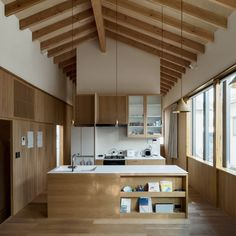 Image 2 of 21 from gallery of Housing Complex TM / Schenk Hattori. Photograph by Kohga Tamamura Japanese Home Design, Japanese Interior, Japanese House, Niigata, Tatami Room, Zen House, Interior Architecture, Interior Design, Beautiful Home Designs