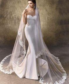 Marvelous ��✨#weddingday #bridalgown #weddingdress #weddinggown #bride http://gelinshop.com/ipost/1515710017146986021/?code=BUI4jrijB4l