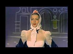 """Fragmento de la película """"María de la O"""" (1959), que es la primera que compartiera Lola junto a su futuro marido Antonio González """"El Pescaílla"""", y que dirig..."""