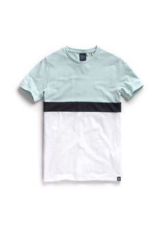 Now, the nautica t-shirt is undoubtedly an essential and accommodating building stop for getting a wide range of Polo Outfits that is effective very well for both females and males. Casual T Shirts, Boys T Shirts, Tee Shirts, Shirt Logo Design, Shirt Designs, Levis T Shirt, Polo Outfit, Camisa Polo, Mens Fashion