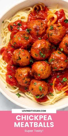 Vegan Meat Recipe, Vegan Chickpea Recipes, Vegan Lunch Recipes, Quinoa Salad Recipes, Seitan Recipes, Meat Recipes, Food Processor Recipes, Easy Vegan Dinner, Canned Chickpeas