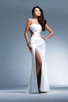 @roressclothes closet ideas #women fashion White Column Asymmetrical High Slit Dress