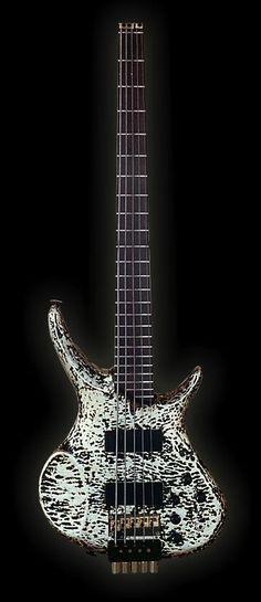 Odyssey Guitars headless bass