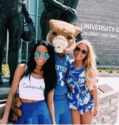 10 Adorable Gameday Outfits at UK - Society19 College Looks 2a3e3d61e