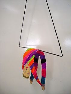 Do with Alexander Calder: this would be a great self portrait, imagining self as trapeze artist Circus Crafts, Circus Art, Circus Theme, Alexander Calder, Classe D'art, 2nd Grade Art, Third Grade, Coloured Pencils, Art Lessons Elementary