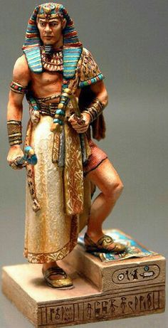 I like the Blues in his headdress and other parts of the outfit. I'm thinking this would be a good costume for Radames' wedding day to Amneris. Egyptian Kings, Ancient Egyptian Art, Ancient History, Egypt Concept Art, Egyptian Costume, Egyptian Makeup, Egyptian Fashion, Ancient Near East, Old Egypt