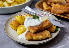 Hemmagjorda fiskpinnar - ZEINAS KITCHEN Seafood Recipes, Cooking Recipes, Zeina, Tapas, A Food, French Toast, Sweets, Dishes, Breakfast
