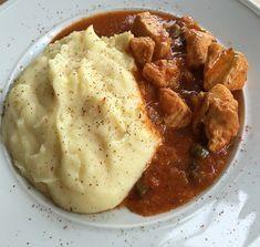 Στην ομάδα μας συνταγές για παιδιά που μιλάω καθημερινά με μανούλες,το μόνιμο άγχος μας είναι «Τι να μαγειρέψω πάλι σήμερα;» έτσι και εγώ αποφάσισα κάθε Παρασκευή να βγάζω μία λίστα για τα φαγητά της εβδομάδας,μαζί Greek Recipes, Desert Recipes, Greek Dishes, How To Cook Chicken, Bon Appetit, Mashed Potatoes, Food To Make, Recipies, Deserts