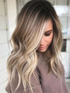 The Balayage highlights should be very close and soft at the root leading to a thicker highlight 2018 at the ends of the hairs for various hair lengths. See here the most charming and cute ideas of balayage hair colors to make you look more cute, sexy and Medium Hair Styles, Natural Hair Styles, Long Hair Styles, Updo Styles, Hair Styles Fall, Hair Styles Everyday, Short Styles, Fall Hair Cuts, Natural Updo