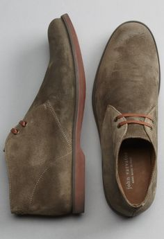 The Best Men's Shoes And Footwear : john varvatos -Read More – Men's Shoes, Shoe Boots, Best Shoes For Men, Mens Boots Fashion, Desert Boots, Look Fashion, Fashion Styles, Fashion News, Casual Boots