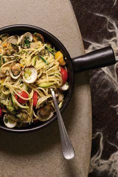 De 'alltime favourite' van Sergio's kinderen: een variant op de pasta vongole, gemaakt met Zeeuwse kokkels.