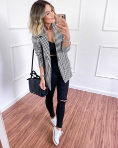 Casual Work Outfits, Blazer Outfits, Business Casual Outfits, Mode Outfits, Classy Outfits, Fashion Outfits, Womens Fashion, Girl Fashion, Look Blazer