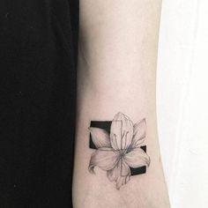 De pertim Tattoo artist: Luiza Oliveira