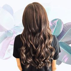 LONG WAVES for my client with diamond extensions. Perfectly blended and colour matched for spring ready hair. Trendy Hairstyles, Wedding Hairstyles, Beauty Routines, Hair Trends, Ponytail, Hair Extensions, Your Hair, Braids, Hair Color