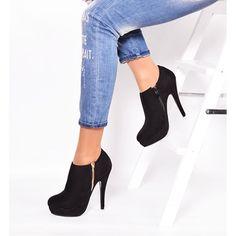 Dámska zimná obuv · Dámske nízke zateplené čižmy čiernej farby na podpätku  - fashionday.eu cc84219a604