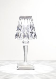 #Kartell #Battery #tafellamp #table #lamp LED http://www.flinders.nl/kartell-battery-tafellamp-led