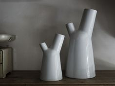 MILKY, design by Jean-François D'Or. Milky is a coffee or tea pot set composed…