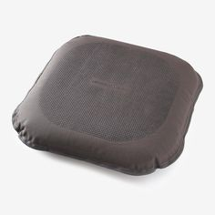 To use as an office seat, no need to inflate it - just open the valve and the cushion is ready to use. For use as a balance disc, you'll need to inflate it. Remove the cap and inflate it manually. Try it out. You shouldn't feel the floor. If you do, inflate it a little more. To store it, open the cap, press the button and press the cushion against you to release the air.   Nyamba Mobility Balance Cushion in Charcoal Gray Hip Mobility Exercises, Press The Button, Office Seating, Cushions, Decathlon, Press Release, Charcoal Gray, Cap, Floor