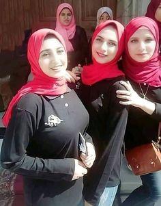 Arab Girls Hijab, Girl Hijab, Muslim Girls, Beautiful Dresses For Women, Beautiful Hijab, Sexy Asian Girls, Indian Girls, Iranian Women Fashion, Muslim Beauty