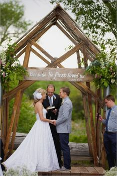 rustic outdoor wedding ceremony. Have the sign then put it up as a decoration in our first home! @AnnieK3ll3r