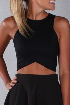 Black Round Collar Crop Top