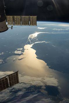 El Río de la Plata al atardecer desde la ISS. July 15, 2013