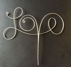 Wire Love Cake Topper von CopperMaidenJewelry auf Etsy
