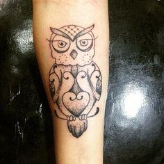 #Tattoo cobaia do dia ... @Obrigada @cellesouto #coruja #pontilismo #lanalagotattoo #taindo #InstaSize #familiaciadatattoo #aprendiz
