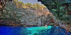 ΦΩΤΟ & ΒΙΝΤΕΟ - Λίμνη Μελισσάνη: το απαράμιλλο φυσικό γλυπτό της Κεφαλονιάς