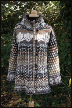 another one for inspiration - very well done.    veste Oksana http://www.batilou.org/pulls-nordiques-2/