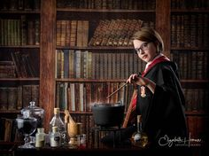 The Artistry of Elizabeth Homan: A Wizarding World {A Limited Edition Portrait Event} Fan Out, I Decided, Studio Portraits, A Boutique, How To Stay Healthy, World, Image, The World, Earth