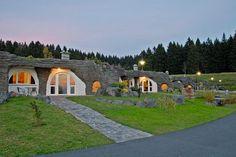 sleep & enjoy - das etwas andere Hotelmagazin | Erfurt: Hobbithaus Ferienhof Auenland ***S