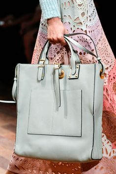 Valentino Spring 2015 Ready-to-Wear - Details - Gallery - Look 14 - Style.com