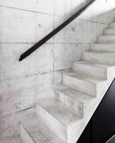 of Private House / Gramazio & Kohler - 9 Formed Concrete stairs w/ steel angle handrail. - Private House / Gramazio & KohlerFormed Concrete stairs w/ steel angle handrail. Concrete Staircase, Concrete Houses, Stair Railing, Staircase Design, Railings, Stair Idea, Cabinet D Architecture, Interior Architecture, Installation Architecture