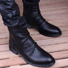 61.58$  Buy now - http://aligl2.shopchina.info/go.php?t=32684003615 - New Men Flats Martin Boots High Tide Martin Tied Genuine Leather Men Motorcycle Boots Big Yards Shoes Fashion MS126  #SHOPPING