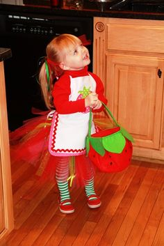Strawberry shortcake dyi costume