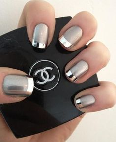 41 ideas in pictures for your decorated nails! How to choose the decoration? idee deco ongle, un joli modele ongle gel de couleur gris - Nail Designs French Manicure Nails, Manicure E Pedicure, Manicures, Manicure Ideas, Mani Pedi, French Manicure With A Twist, Black Pedicure, Nagellack Design, Nagellack Trends