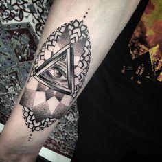 Shiny bloody and a lil warped but this was mega fun, cheers Jack! Hooper inspired ❤️✨ KILLuminati ✌️