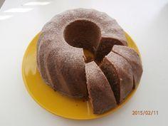 Lahodná bábovka plná oříšků a čokolády. Autor receptu: siesta. Oreo Cupcakes, Cupcake Cakes, Czech Desserts, Baking Recipes, Cake Recipes, Bunt Cakes, Czech Recipes, Cake & Co, Sweet Cakes