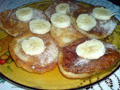 Sprawdzone Przepisy Misiaczka: Bananowe placuszki Pancakes, French Toast, Breakfast, Food, Morning Coffee, Essen, Pancake, Meals, Yemek