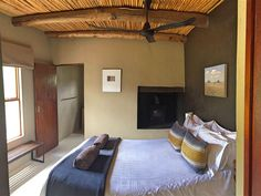 Gesamte Unterkunft in Calitzdorp, Südafrika. The 3 River View Cottages overlook a sweeping bend in the Gamka River. The cottages are situated on The River Farm near Calitzdorp in the heart of .